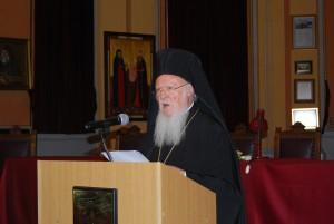 Ο Παναγιότατος Οικουμενικός Πατριάρχης κ.κ. Βαρθολομαίος χαιρετίζει το συνέδριο